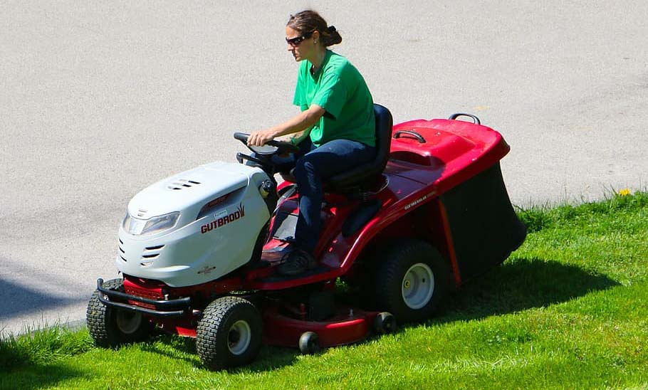 Uses of Ride On Mower